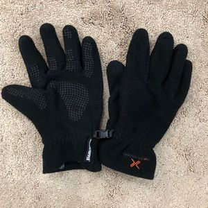 Extremities winter gloves windstoppers